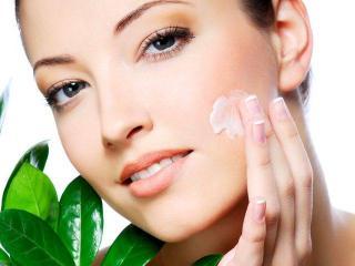 Жирная кожа. Косметические средства для ухода за жирной кожей лица