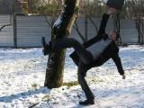 Первая помощь при переломах и зимних травмах