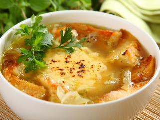 Луковый суп по - французски. Вкусный и быстрый рецепт супа. Французская национальная кухня