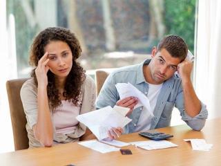 Причина для ссор - деньги (семейные отношения)