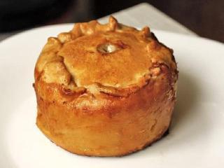 Пирог со свининой. Оригинальные рецепты выпечки. Национальная английская кухня