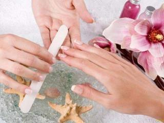 Уход за ногтями: маникюр в домашних условиях