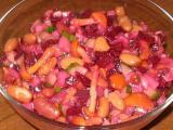 Разнообразные рецепты винегретов украсят ваше обеденное меню