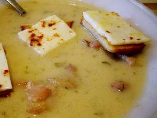 Швейцарский чесночный суп с омлетом