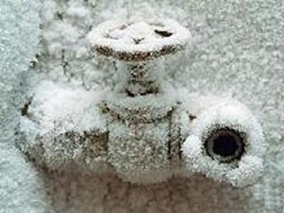 Замерзшие трубы на даче