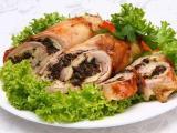 Рулетики из курицы с черносливом – замечательный рецепт для домашнего меню!