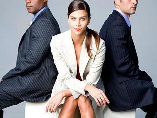 Что нужно знать и уметь начинающей карьеристке. Какими качествами должна обладать деловая женщина. На какие жертвы придется пойти, чтобы сделать карьеру.