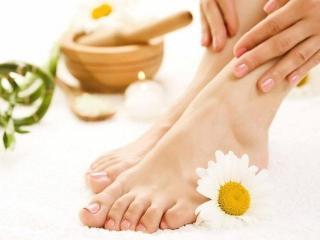 Потливость ног. Ножные ванночки от потливости (уход за ногами)