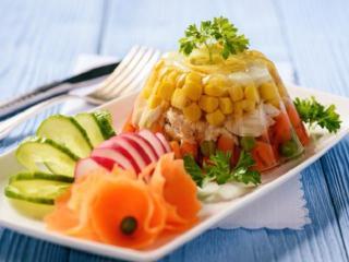 Заливное с овощами и курицей