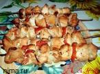 (Вкусное праздничное блюдо из мяса индейки)