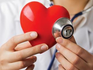 Сердечный приступ: симптомы, первая помощь