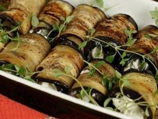 Баклажанные рулетики с грецкими орехами очень легко приготовить!