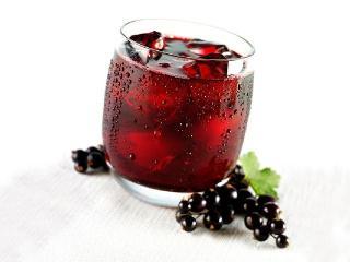 Лечение соками. Целебная сила смородины и смородинового сока