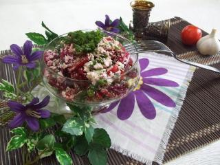 Свекольно-творожный салат. Рецепт с фото