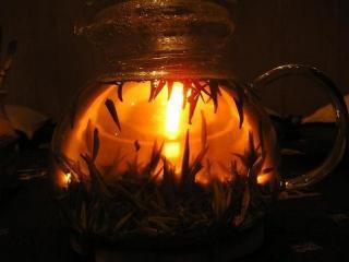 Удивительная история чая, чайные традиции разных стран, свойства чая и способы его заваривания, сорта чая, как выбрать лучший чай.