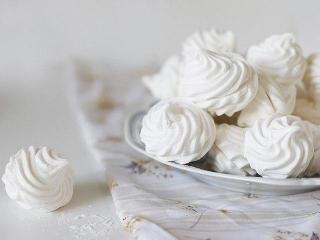 Домашние сладости: рецепты зефира и козинаки